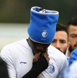 Esteghlal Striker Gero Hits Out at Fans - Sports news